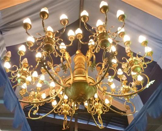 The Mother of All Second Hand Shops in Kuala Lumpur – Second Hand Chandeliers